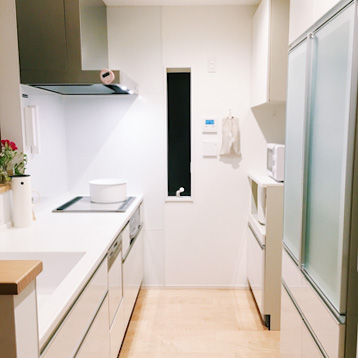 我が家にキッチンマットがない理由。キッチン掃除を楽にするコツ、汚れをためない掃除法